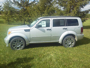 2010 Dodge Nitro SXT 4X4 , MUST SELL amazing condition!! Caledon