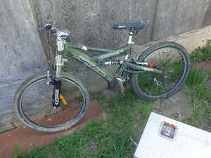 Supercycle Mercalli Downhill Bike