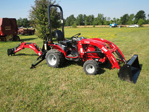 COMPACT LOADER TRACTOR BACKHOE