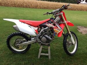 2012 CRF 250 Honda Dirtbike London Ontario image 6
