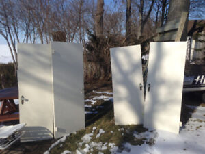 FREE SOLID WOOD INTERIOR DOORS WITH JAMS