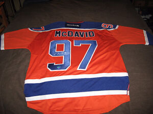 CONNOR McDAVID AUTOGRAPHED ORANGE 3rd  JERSEY w/COA NEW AND NEVE