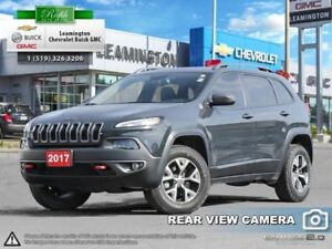 2017 Jeep Cherokee Trailhawk  - Bluetooth