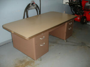 For sale - vintage desk and chair