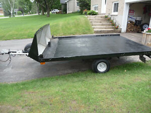 Tilt and load Trailer  9  ft x 8 ft  / ALSO HAVE 4 X 8 WITH RAMP