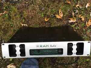 POWER AMP RAM AUDIO BUX 2.8 PROVENANCE RED LIGHT West Island Greater Montréal image 1