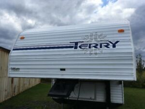 Fifth Wheel Terry 25 pied 1999