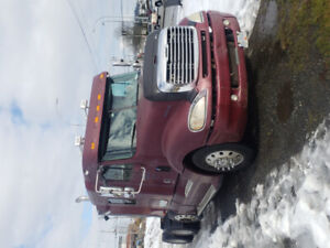 2005 Freightliner Conventional. Lease-To-Own $1,010 per month