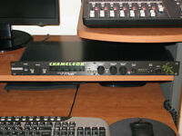 Rocktron Chameleon Preamp +Multi Effects + Digital Hush