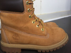 Timberland YOUTH 6-INCH PREMIUM WATERPROOF BOOTS Size 3.5 youth
