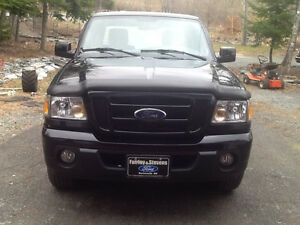2011 Ford Ranger Black Pickup Truck