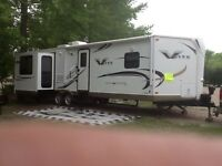 30ft Flagstaff V-Lite Trailer