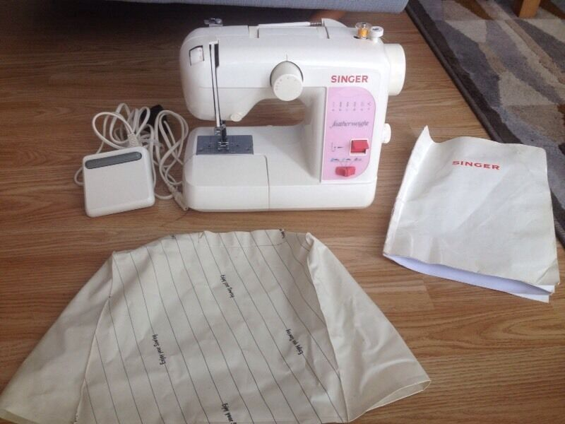 singer compact sewing machine
