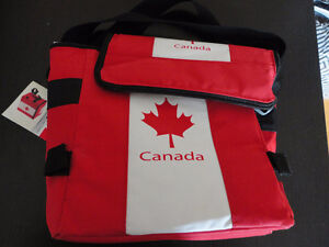 Canada Flag insulated lunch bag cooler pack Canada Day NWT
