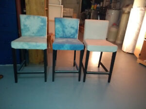 Chaise de type bar stool