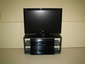 "42""Toshiba (Rezza) Intergraded High Definition LCD T.V & Stand"