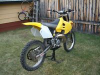 2000 SUZUKI RM 125cc 2 stroke