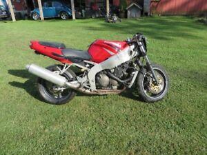 99 Kawasaki ZX6R