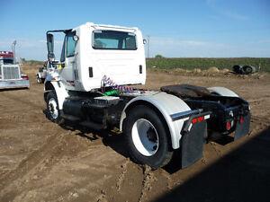 2008 Daycab International truck Strathcona County Edmonton Area image 4