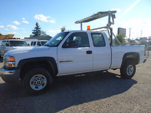 2006 GMC Sierra 2500 Extended Cab Pickup Truck