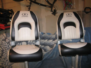 One Legend Leather Boat Seat Left