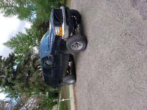 2000 FORD EXCURSION......