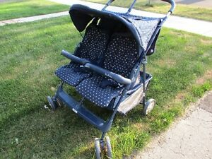 TWIN  G R A C O  Stroller  For T W IN S   . . .