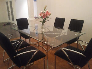 Modern Glass Dining Table with 6 Chairs Kitchener / Waterloo Kitchener Area image 1
