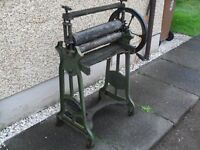 """Antique & Weathered Cast Iron Mangle - 'The Junior' (H: 44"""" / W: 28"""")"""