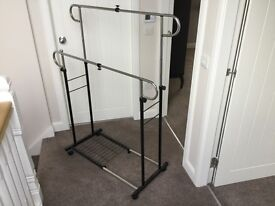 Very sturdy double clothes rail on casters