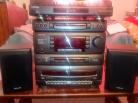Samsung Working Vynal Radio CD Tape Player