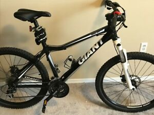 Giant Rincon Front Suspension Mountain Bike