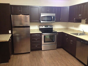2 BDRM APT Available NOW!