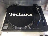 Technics Deck SL-1210 Mk2 turntable