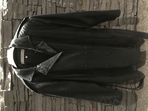 Ladies black leather/ lambskin coat