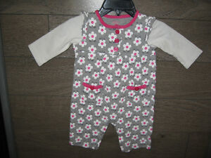 Girl's3/6 months (carters) Romper