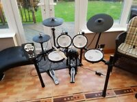 TD 11 Electronic Drum Kit, Hardly used, including sticks, drum key and headphone to jack converter