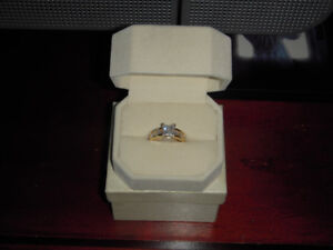 Diamond Engagement Ring 4 sale.
