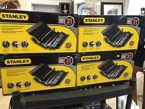 Stanley cantilever box with 30pc mechanics tool set
