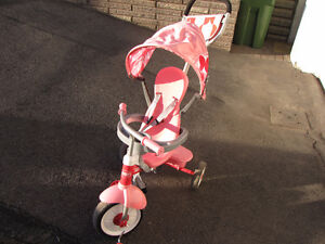 Radio Flyer 4 IN 1 9 months - 5 years Tricycle kid enfant