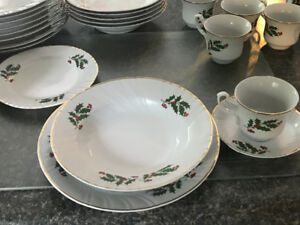 Vintage Romanian Porcelan Christmas Dishes