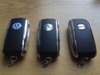VW SKODA SEAT BENTLEY STYLE FLIP KEYS CUT & PROGRAMMED MK4 GOLF MK5 GOLF BORA PASSAT