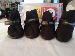 North Fetch Dog Boots for Winter - Size Large - Color Black