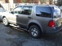 2002 Ford Explorer XLS SUV, Crossover 4x4