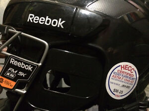 Reebok hockey helmet.  Peterborough Peterborough Area image 2