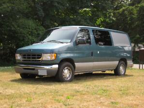 1998 Ford Econoline E150 Camper Van RV LOW MILES