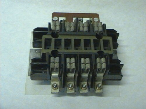 3Ph - 8 Terminal Meter Socket - Auto Shunting/Plunger Bypass