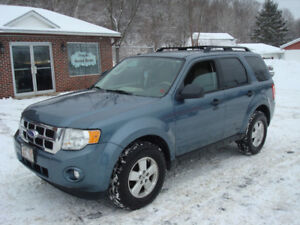 2011 Ford Escape XLT - 3.0L V6 FWD - New MVI - Nice!!