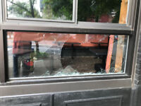 #1 Broken Glass Replacement Specialists call 613-703-6678