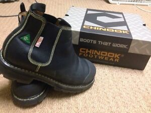 Work boots size 9 new